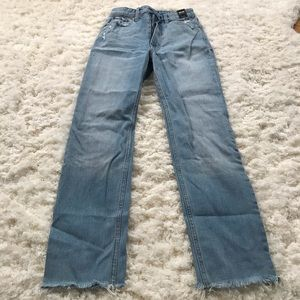 Never Worn Abercrombie & Fitch zoe jeans 24